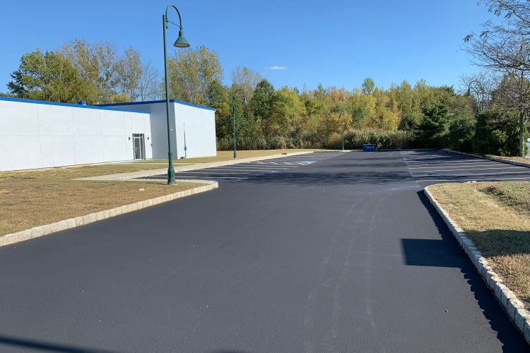 Asphalt Overlay or Replacement: Which Is the Best Choice?